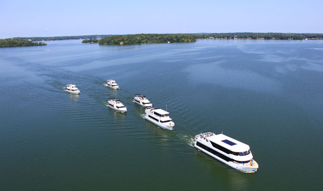 Al & Alma's Supper Club & Charter Cruises, Lake Minnetonka, Mound, Minnesota