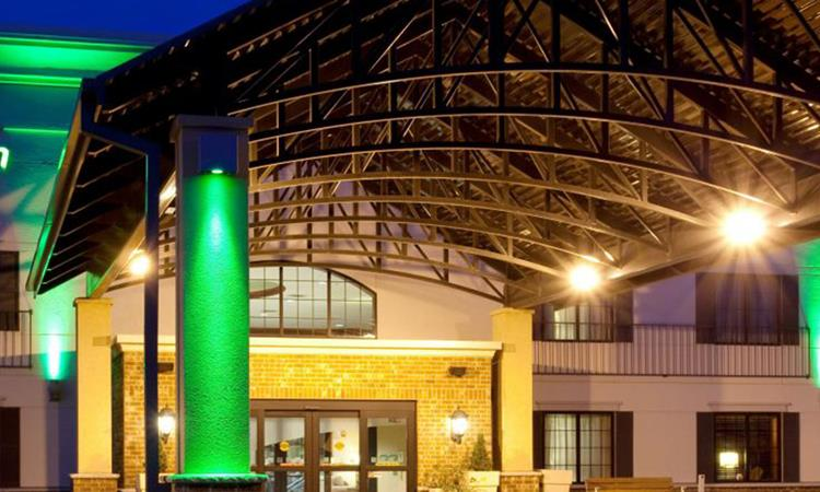Holiday Inn & Suites Minneapolis - Lakeville